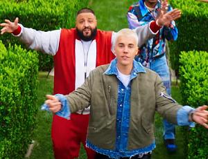 Kim jest DJ Khaled, który nagrywa z Rihanną i Justinem Bieberem?