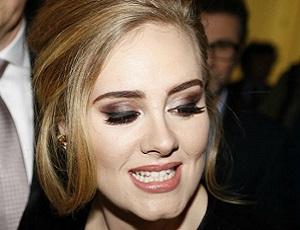 Adele zjechała fankę na koncercie. Co takiego zrobiła dziewczyna?